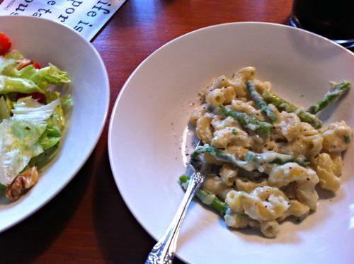 Pasta with asparagus - Copy